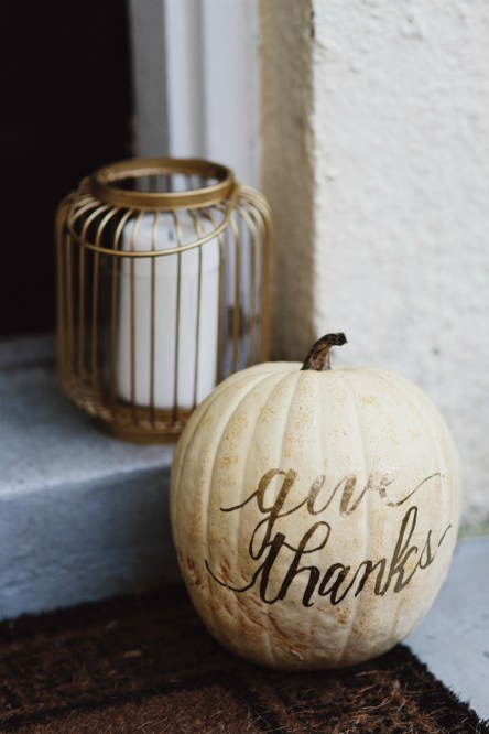 Thanksgiving - DIY - Glitter Pumpkin