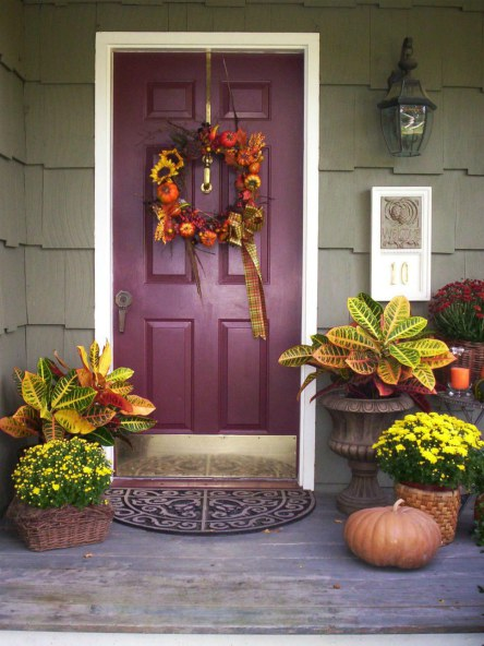 Thanksgiving - Front Door Wreath - Schlage
