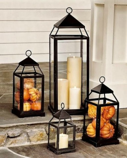 Thanksgiving - Front porch - Lantern decor - Schlage