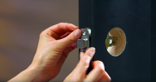 How To Install A Handleset On Your Front Door
