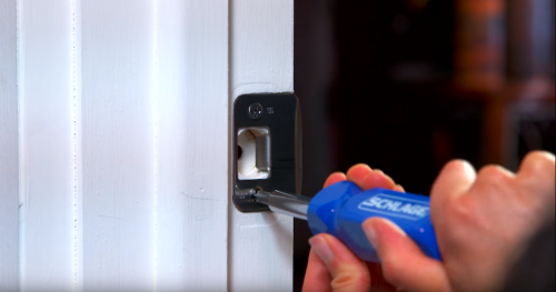 How to Install A Handleset on Your Front Door | Schlage