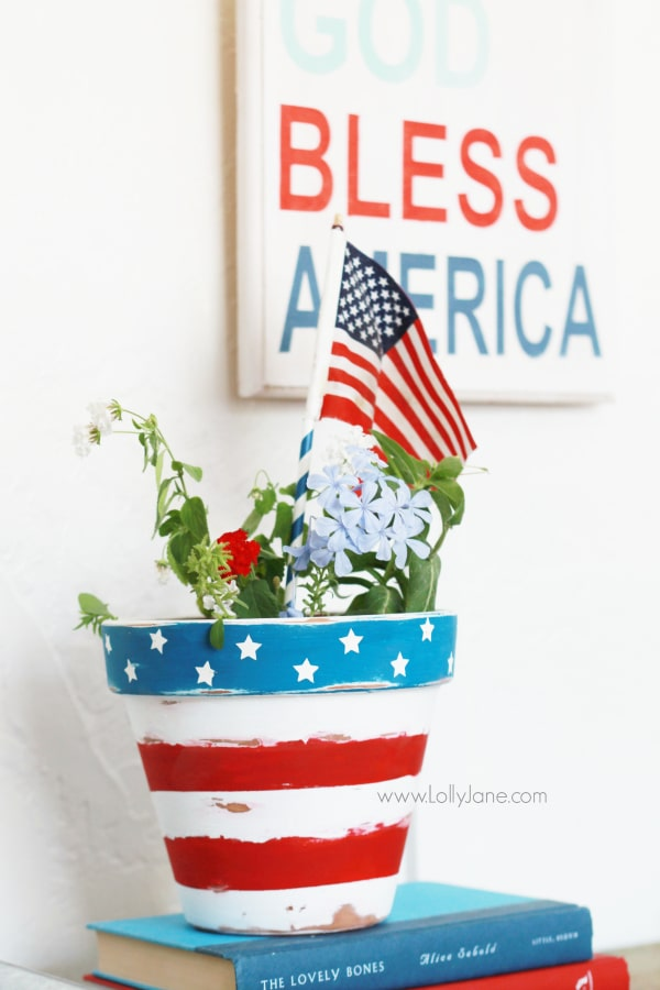 Patriotic flower pot tutorial.