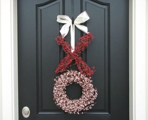 5 Simple Ways To Decorate Your Front Door For Valentineu0027s Day | Schlage