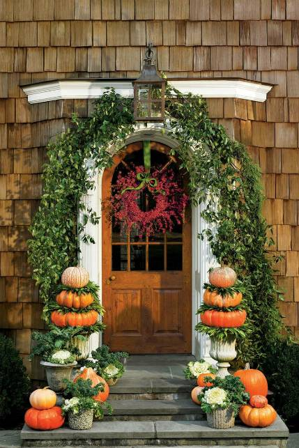 Fall color palettes - Front porch decor - Schlage