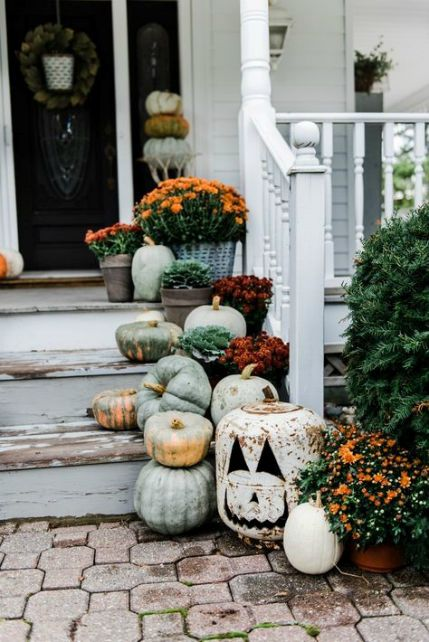 Fall color palette - Front porch decor -  Schlage