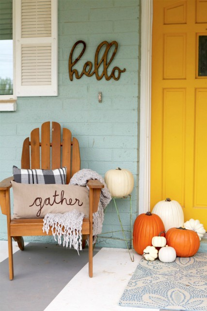 Fall color palettes - Yellow front door - Schlage