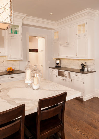 Mixed materials - Kitchen - Marble Countertops