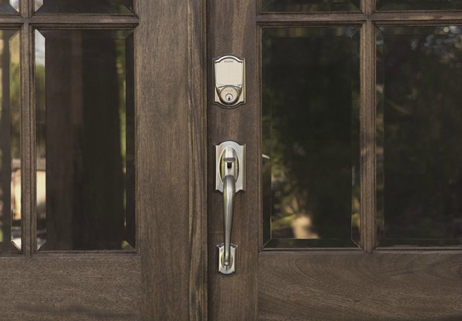 Exterior double door - Electronic lock - Schlage