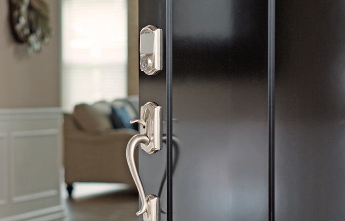 Home Security - Smart locks - Schlage