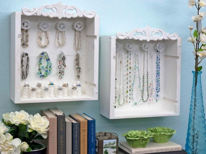 Wooden crate jewelry display box