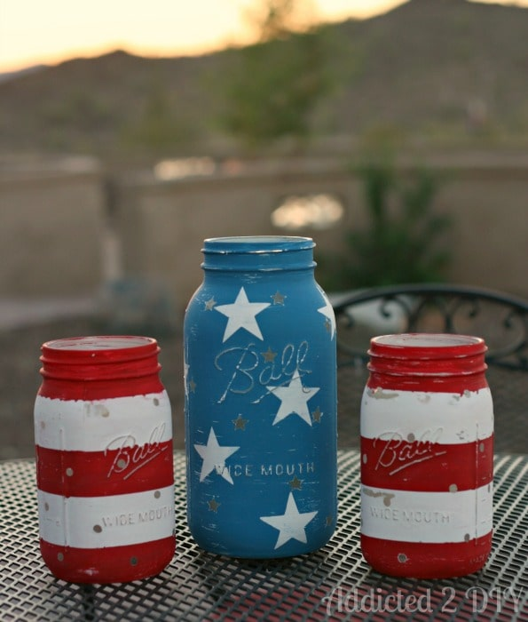 DIY patriotic mason jar lanterns.