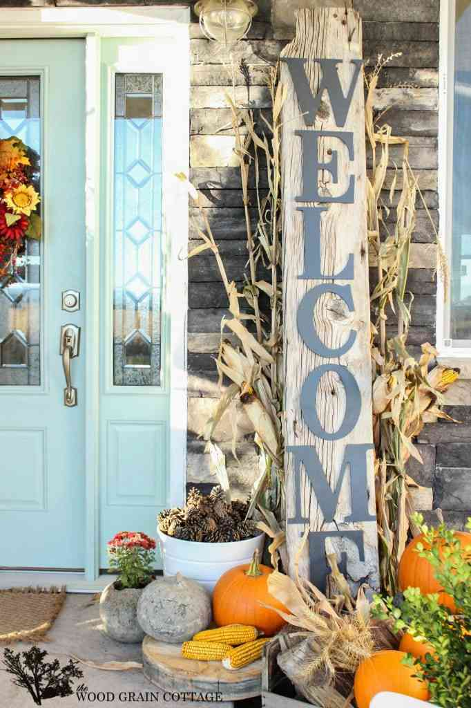 Front porch with fall welcome sign.