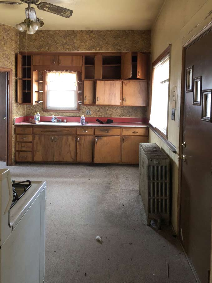 I Spy DIY Barnhouse kitchen before.