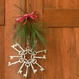 Skeleton key ornament