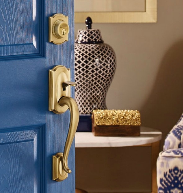 HGTV Stars Give Front Doors An Update With Schlage