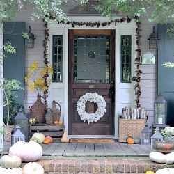 5 ways to welcome your guests at the front door this Thanksgiving
