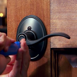 How to install a door lever
