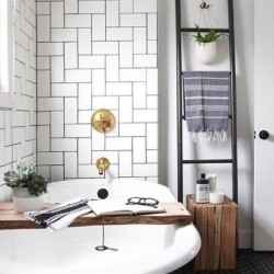 5 ways to maximize your mini bathroom