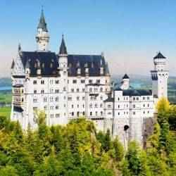 Virtual tours of homes and Neuschwanstein Castle | Schlage